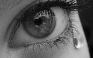 Obrazek: Oko ze łzą